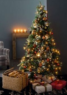 1000 images about weihnachtsbaum aus holz on pinterest alps deko and alternative. Black Bedroom Furniture Sets. Home Design Ideas