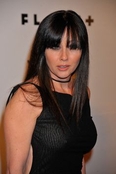Shannen Doherty Photos Photos: The Anniversary Party For Flaunt Magazine Shannon Dorothy, Shannon Elizabeth, Elizabeth Mitchell, Serie Charmed, Charmed Tv Show, Beautiful Young Lady, Beautiful Women, Shannen Doherty Charmed, Jennie Garth