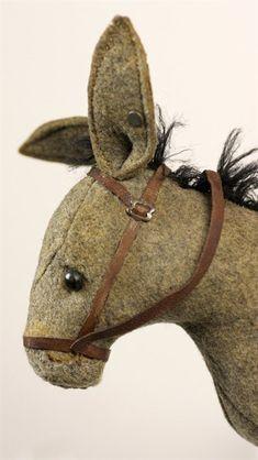 Steiff Extremely Rare Steiff Felt Pull Along Donkey C.1904/05 - Antiques  Fine Art Catalog - Xupes