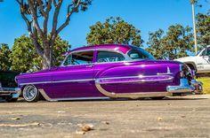 lowrider, custom car, hot rod, bikers and cars & girls: ZOOM SUR LA 1954 Chevy Bel Air