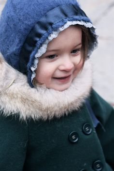 Green winter coat and shoes by Zara, vintage blue bonnet - Vivi & Oli Baby Fashion Life