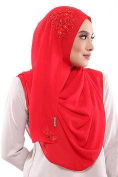 Instant HIjab/Slip On SARA  Aida Naim Instant Shawl By Clixy