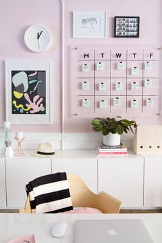 Home office decor: ideas to put into practice in your space - Decoration, Architecture, Construction, Furniture and decoration, Home Deco Home Office Design, Home Office Decor, Home Decor, Office Style, Office Ideas, Office Decorations, Office Designs, Office Wallpaper, Wallpaper Ideas