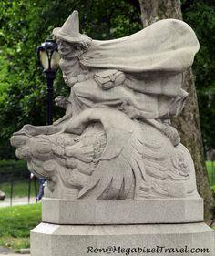 Central Park, New York City, NY  - Moeder de Gans - Mother Goose
