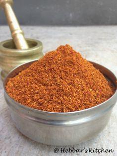bisi bele bath powder Homemade Spice Blends, Homemade Spices, Homemade Seasonings, Spice Mixes, Masala Powder Recipe, Masala Sauce, Masala Recipe, Samosa Recipe, Podi Recipe