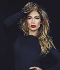 Jennifer Lopez looks like a vision in a new photoshoot, which accompanies a revealing interview in the December issue of Marie Claire . Corte Y Color, Woman Crush, My Hair, J Lo Hair, Hair Inspiration, Beautiful People, Celebrity Style, Celebrity Dresses, Beauty Hacks