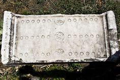 Roman #backgammon 2nd century Aphrodisias https://sites.google.com/site/connecticutbackgammon