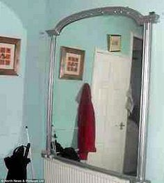 """Chuyện kỳ lạ về chiếc gương """"ma ám"""" - Tin tức 247"""