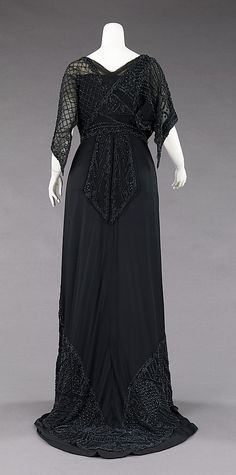 Mourning dress Charlotte Duclos  (French)  Date: ca. 1910 Culture: French Medium: silk. Back