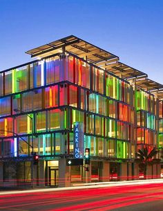 Moore Ruble Yudell Architects & Planners' garage in Santa Monica, California. These head-turning buildings from around the world know how to do color Colour Architecture, Facade Architecture, Amazing Architecture, Ancient Architecture, Sustainable Architecture, Landscape Architecture, Colourful Buildings, Amazing Buildings, Modern Buildings