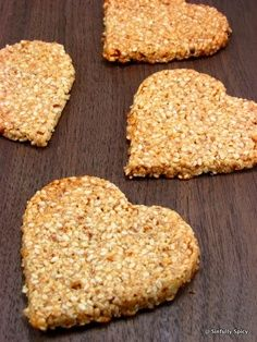 Honey Sesame Crisps-Eggless,Sugarless & Flourless from Sinfully Spicy website Low Sugar Recipes, No Sugar Foods, Diabetic Recipes, Snack Recipes, Dessert Recipes, Sugar Free Treats, Sugar Free Desserts, Vegan Desserts, Flourless Desserts