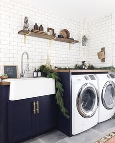 Laundry Room Sink Ideas (Utility Sink And Cabinet Design) Laundry Room Sink Cabinet, Laundry Room Utility Sink, Farmhouse Laundry Room, Small Laundry Rooms, Laundry Room Storage, Laundry Room Design, Diy Storage, Farmhouse Small, Big Houses