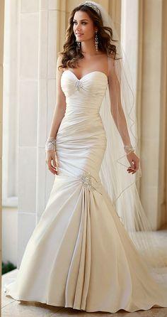 Vestidos de novia por Stella York Primavera 2015. stropløs hvid stram brudekjole