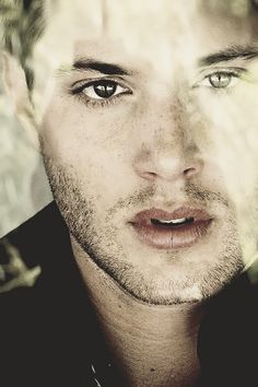 One of the sexiest Jensen pics...ever.