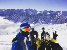 #ride #friends #pyrenees #cauterets #npy #npyski #snow #landscape #paysage #mountains #sky #clouds #pictureorganicclothing #oakley #gopro by __michal__