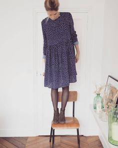 Et votre tenue de la saint Sylvestre vous y pensez ? Un nouvel an à petits pois en robe Eugénie + indétronables boots Arsène #balzac #balzacparis #balzac_paris #online #robe #eugenie #pois #iloveeugénie #blue #boots #arsène #daim #cuir #kaki