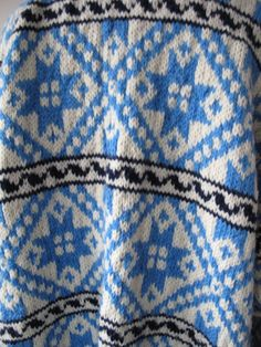 Vintage hand knitted Norwegian style patterned by TapestryBoutique