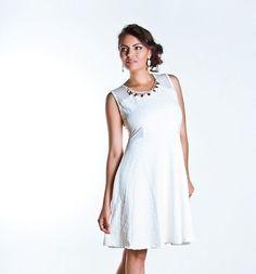 Vestido Evasê Jacquard Branco com Tule