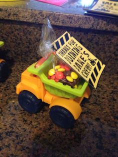 Party Favor - dump truck filled with Reese's pieces and note! July Birthday, Birthday Parties, Reese's Pieces, Car Themed Parties, Yellow Car, Construction Birthday, Dump Trucks, School Themes, Event Ideas