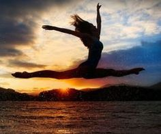 Top 10 Dancing In The Sunrise Photos