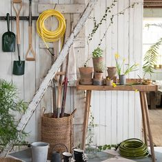 9 Must-Have Tools for the Chic Gardener