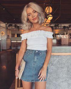 "21.7 mil curtidas, 105 comentários - Laura Jade Stone (@laurajadestone) no Instagram: ""When you can't get enough of denim & white  @fashionnova ✨"""
