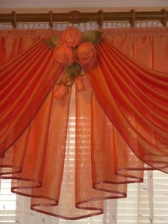 Pretty curtain topper.  Dramatic yet simple.