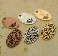 Commercial Charms & Pendants - 3 Drop Discs Blanks - Floral Leaf Pattern - X - Easy To Stamp - You Pick Finish - With Handmade Jump Rings - Guarantee Diy Jewelry Stamping, Stamped Jewelry, Jewelry Crafts, Beading Supplies, Antique Copper, Jewelry Findings, Bee, Jewelry Making, Drop