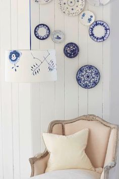 china pattern lampshade. could do on canvas, etc. - this blog has some great crafts and recipes, also a magazine