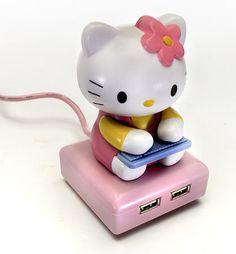 DreamKitty Hello Kitty USB Hub - i have this!!!!!