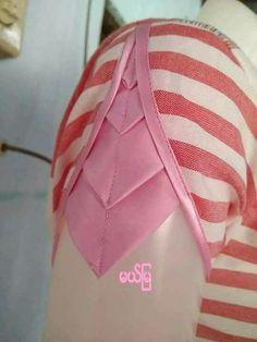 Origami dress pattern fashion design 29 ideas for 2019 Saree Blouse Neck Designs, Fancy Blouse Designs, Kurti Neck Designs, Dress Neck Designs, Sleeve Designs, Chudi Neck Designs, Salwar Designs, Blouse Patterns, Kurti Sleeves Design