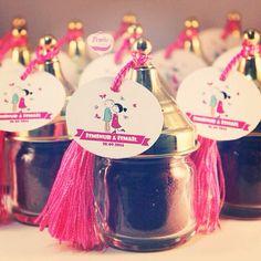 Pembe Kurdele İsminur hanımın misafirleri için nişan hediyelikleri olan kahve kavanozlarını hazırladi   www.pembekurdele.net