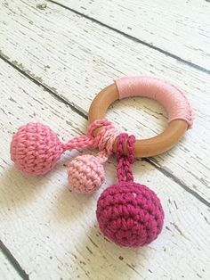 Dew Drop Teething Ring, Maple Wood Teething Ring, All Natural, Baby Toy, Crochet Teething Ring, Pink