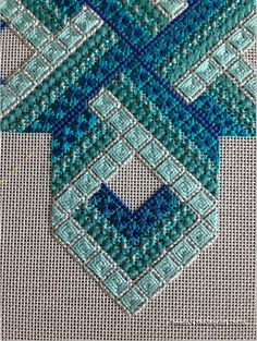 Brenda's Needlepoint Studio: Gordian Knot Updated 3/2/14
