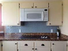 Glass Backsplash Kitchen, Subway Tile Kitchen, Subway Tile Backsplash, Glass Subway Tile, Glass Kitchen, Backsplash Design, Kitchen Small, Wall Tile, Adhesive Backsplash