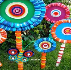 Looking For Fun KIDS CRAFTS For Any OCCASION?: Plastic bottle caps upcycled into gorgeous garden art!