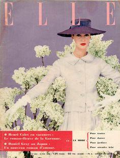 Couverture de Elle n°542 du 14 mai 1956 - Tailleur de Christian Dior - photo Lionel Kazan