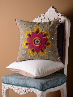 Grey Kutch Folk Center Motif Cushion Cover x