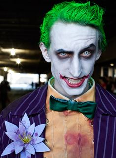 This man has got the joker down to a T, i love his hair! good cosplays are just amazing.