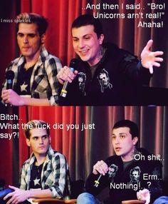 My Chemical Romance ~ aha Frank and Mikey