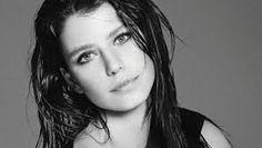 Resultado de imagen para actriz turca beren saat