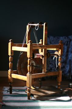my second spinning wheel - Spin-Well from Sifton Manitoba Canada, 1934/1940. I purchased her for 95.00 in September 2011.