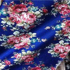 Encontre mais Tecido Informações sobre Flor azul de impressão 100% poliéster falso tecido de cetim de seda para camisa de vestido de tecido de cetim de pano tecido para costura tela tejido SP597, de alta qualidade tecido vermelho, crânio tecido China Fornecedores, Barato agente de tecido de Sproat Textile Factory Outlet em Aliexpress.com