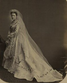 Late 1860s vintage everyday: Victorian Wedding Fashion – 27 Stunning Photos of Brides before 1900