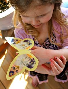 Twig and Toadstool: Butterfly Finger Puppets