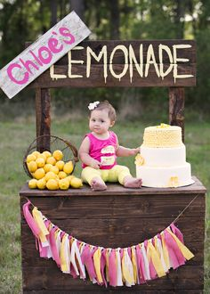 Pink Lemonade, lemonade stand, cake smash, pink and yellow, lemonade cake smash www.facebook.com/karissaknowlesphotography