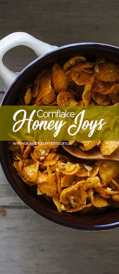 Cornflake Honey Joys are really simple to make - serve them in a cake patty paper for easy cleanup. Honey Joys Recipe, Honey Cornflakes, Confectionery Recipe, Brunch, Corn Flakes, Candy Recipes, Quick Easy Meals, Biscuits, Favorite Recipes