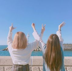 Read Independence Photoshoot from the story War of Hormone Mode Ulzzang, Ulzzang Korea, Ulzzang Girl, Bff Girls, Girls Best Friend, Korean Couple, Korean Girl, Korean Best Friends, Girl Friendship