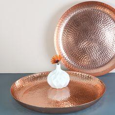 I've just found Copper Tray. A stunning hammered copper tray. Copper Utensils, Copper Tray, Copper And Brass, Hammered Copper, Copper Rose, Rose Gold, Or Rose, Copper Blush, Copper Accessories