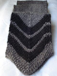 "Free Pattern: Knit Your Bit 2009 ""Chevron Scarf"" by Lauren Handley"
